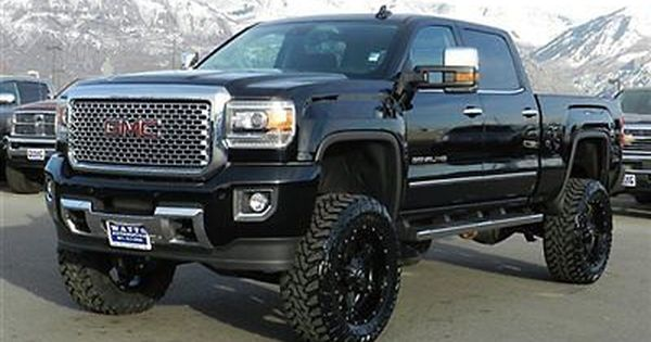 GMC  Sierra 2500 DENALI  Chevy The mud and 22 wheels