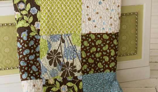 I love the colors in this one. Very Easy Quilt Patterns |