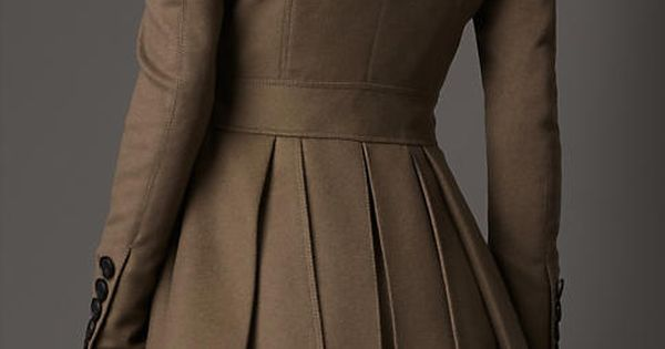 burberry_ trench coat I love the lines of this jacket rocktheyear butterlondon