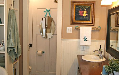 Bathroom Makeover On A Dime Old Doors Leftover Paint Pallets And Burlap Come Together To