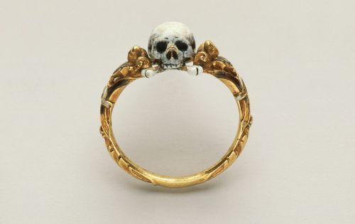 17th Century Skull Ring