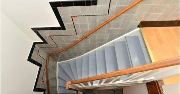 Lambrisering tegels trap oog in al utrecht oranje accent 3d ontwerp monique van waes for Deco trap interieur
