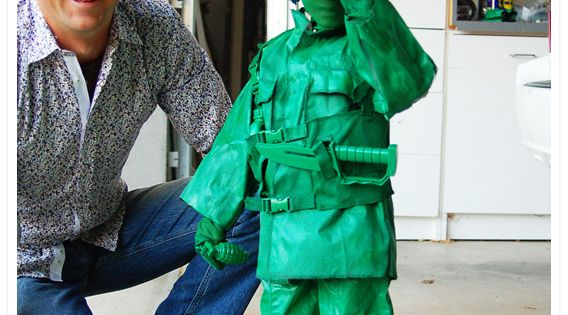 Soldiers costume! Green army man!