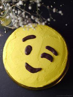 Easy Diy Emoji Cake Can Be Made Free From Dairy Gluten Grains Refined Sugar Nuts Soy Oils Emoji Cake Emoji Birthday Cake Bowl Cake