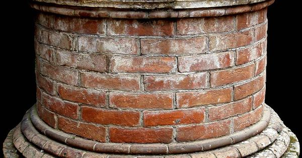 how to build a brick wishing well