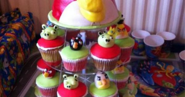 Angry Birds Cupcakes - Birthday Idea