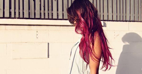 bright pink hair dip dye ombre wavy loose curls beach waves hmmmmm......