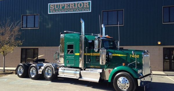 2015 Kenworth W900L four axle used to pull an 85 ton