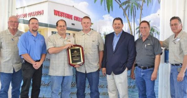 Texas Shop Named Repair Facility Of The Year By Farmers Insurance Farmers Insurance Farmers Insurance Agent