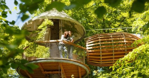 The ErlebNest Treehouse Getaway