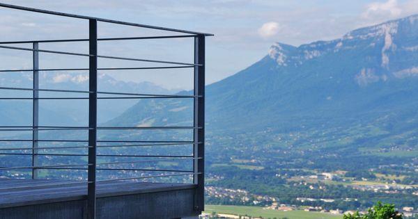 Garde corps m tallique ext rieur pour balustrade et balcon terrasse pinterest m taux - Balcon metallique suspendu ...