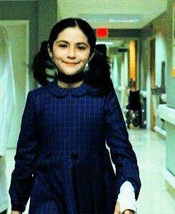 Cuando Sabes Que Eres Maldita Y Lo Disfrutas Orphan Movie Best Funny Pictures Orphan