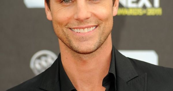 Collin Egglesfield (something borrowed )