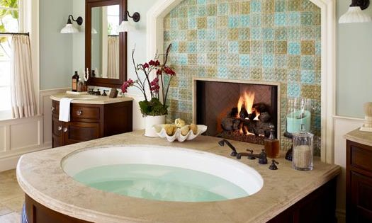 Fireplace at the bathtub, dream house master bath!