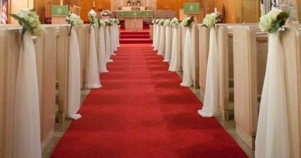Adornos en las bancas de la iglesia para bodas la for Sillas para novios en la iglesia