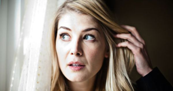 Actress Rosamund Pike Rosamund Pike Pike Tom Cruise