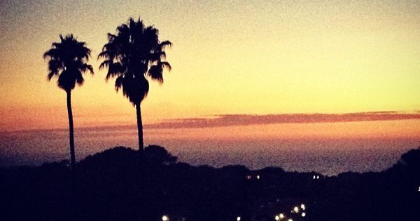 solana beach sunset Photo by @happymundane Instagram a-l-r-e-a-d-y-t-h-e-r-e