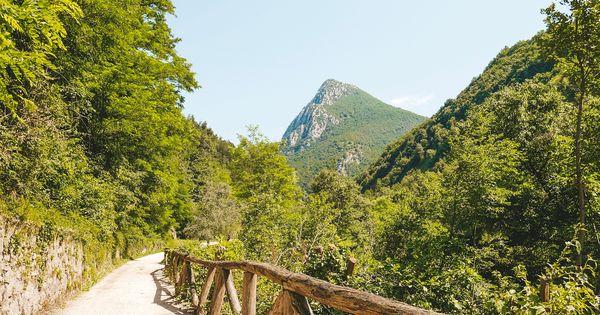 Valle Delle Cartiere Toscolano Maderno Lagodigarda Natural Landmarks Valle Journey Girls