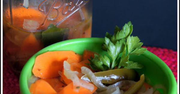how to make pickled carrots mexican style