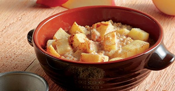Apple Oatmeal - in the crock pot! Perfect for back to school!
