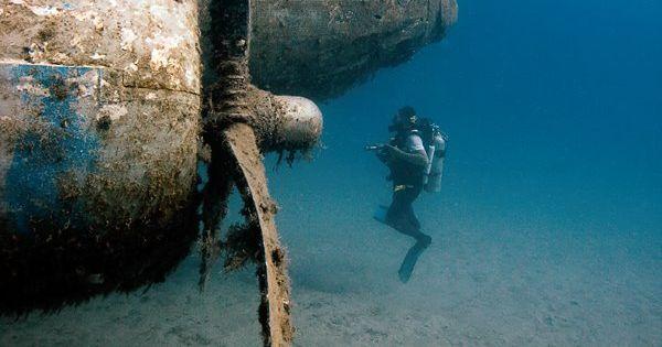 Cool scuba diving wreck photo