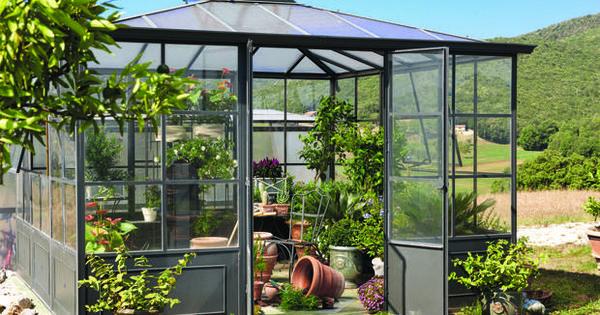 grande serre de jardin d co chez maisons du monde serre de jardin petite pas ch re de balcon. Black Bedroom Furniture Sets. Home Design Ideas