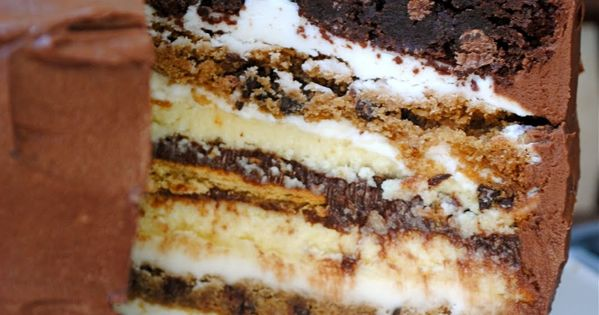 Ultimate smores Cake... 2 brownie layers, 2 cheesecake layers, 2 chocolate chip
