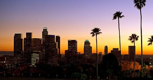 An Earthquake Hits And Angelenos Shelter On Twitter Los Angeles Skyline Silicon Beach Los Angeles