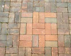 There Is An Easy And Safe Way To Clean Your Outdoor Pavers A Natural Cleaning Solution Of Ultra Concentrated O Outdoor Pavers Cleaning Pavers Outdoor Cleaning