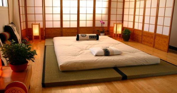 Un fut n es un tipo de colch n que configura una cama - Cama tipo japonesa ...