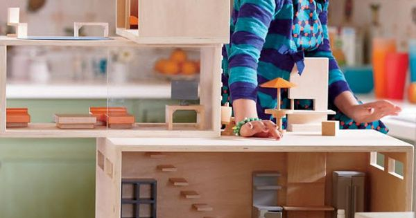 Kids Dollhouse: Modern Dollhouse Family in Toddler Gifts $10- $25
