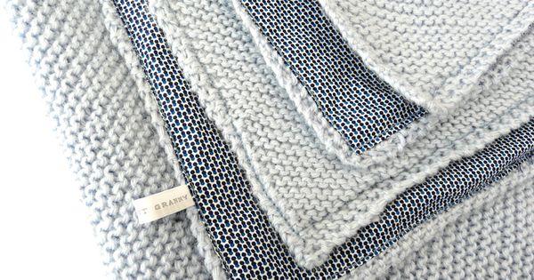 couverture au point mousse aiguilles n 4 8 pelotes les tricots de granny tricot kid. Black Bedroom Furniture Sets. Home Design Ideas