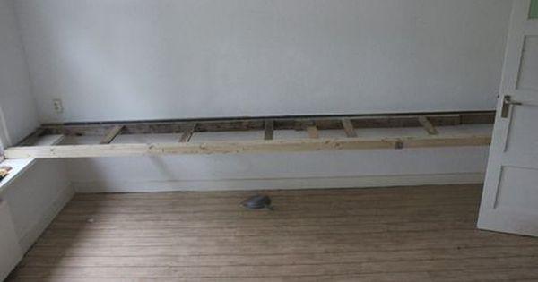 Moving In 12 Diy Floating Desk Floating Desk Diy Desk Diy Desk Plans