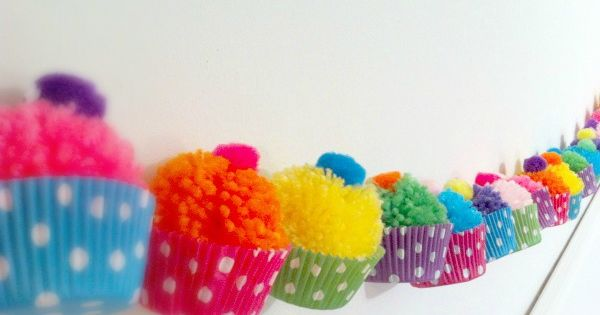 Pom-pom cupcake garland, cute little girl party idea, cupcake party