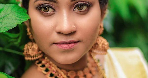 Follow Lensart Weddings Keep Supporting Weddingphotography Malluposts Wedding Bride We Insta Wedding Wedding Photos Wedding Inspiration