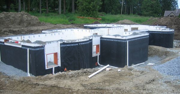 superseal 39 s dimpled membrane on an icf insulated concrete