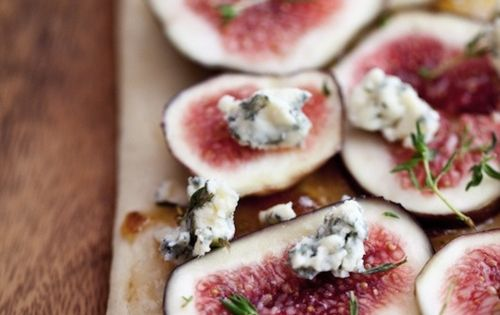 Fig Flatbread Fresh Fig and Stilton Flatbreads – makes 2 •1 piece