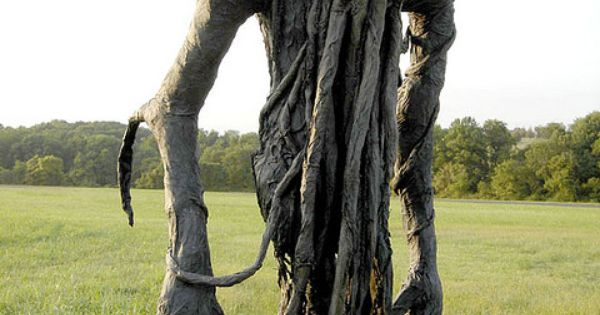 Paper mache scarecrow! Another halloween diy! This would scare me out of