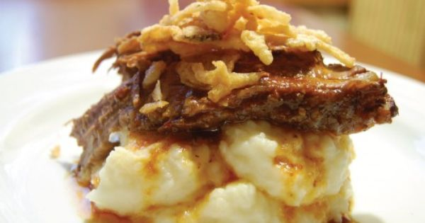 beefbrisket Beef brisket over garlic parmesan mashed potatoes (Slow cooker)