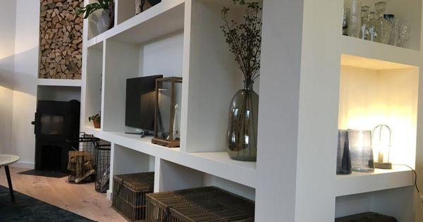 In tilburg is thomas bezig met een bijzondere woonkamer de kamer is driehoekig wat lastig is - Deco d een volwassen kamer ...