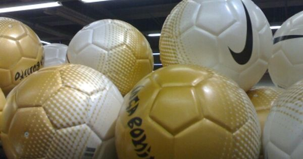 Pin By Oshalamendez On Joga Bonito Soccer Ball Soccer