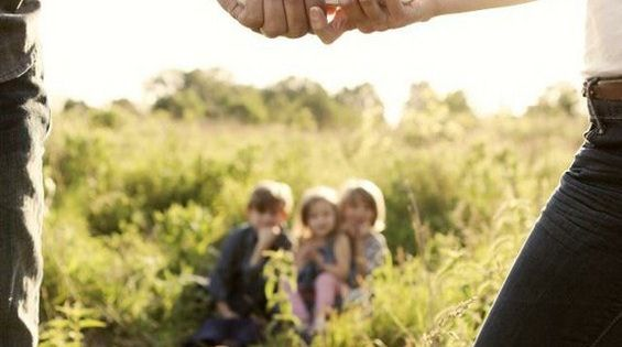 32 Wonderful, Creative and Unique Ways To Take A Family Photos. You'Re