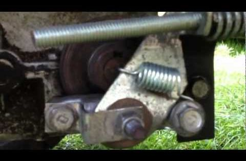Craftsman Lt1000 Riding Mower >> Craftsman Lawn Tractor Brake Assembly and Adjustment - YouTube | Craftsman Riding Lawn Mower ...