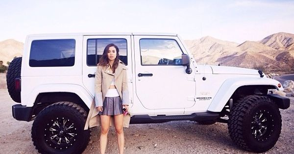 white jeep wrangler unlimited cough hey parents look at. Black Bedroom Furniture Sets. Home Design Ideas