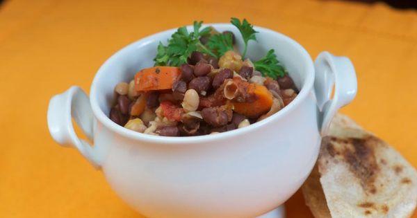 Hearty Vegetarian Chili   Salad Master   Pinterest