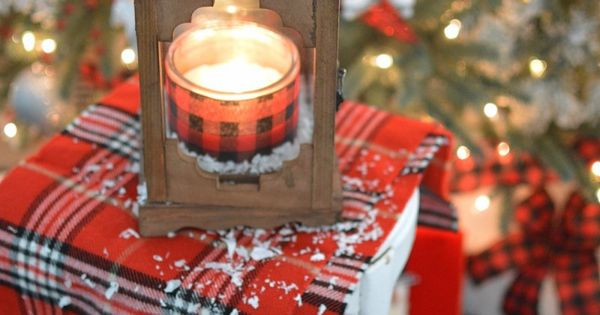 Cottage Christmas Christmas Home And Rustic Lanterns On Pinterest