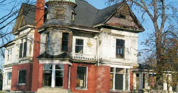 Save This Old House Gilded Age Queen Anne Queen anne Fixer upper and Save   Save. Queen Anne Fixer Uppers   makitaserviciopanama com