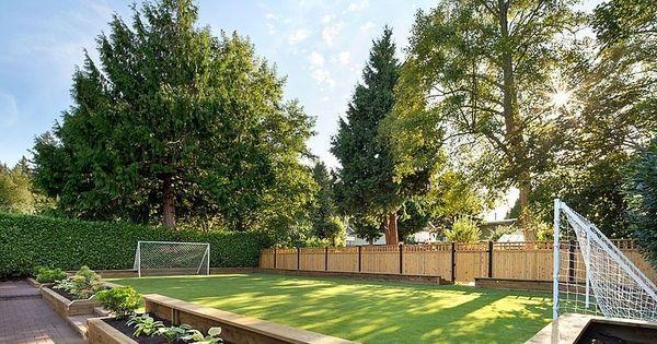 Beautiful Fu balltor im Garten als wahrgewordener Traum f r Kinder Gartengestaltung Pinterest