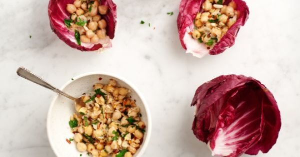 radicchio and chickpea wraps