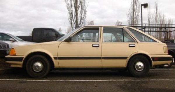 Old Parked Cars 1983 Datsun Nissan Stanza 4 Door Hatchback Nissan Hatchback Datsun